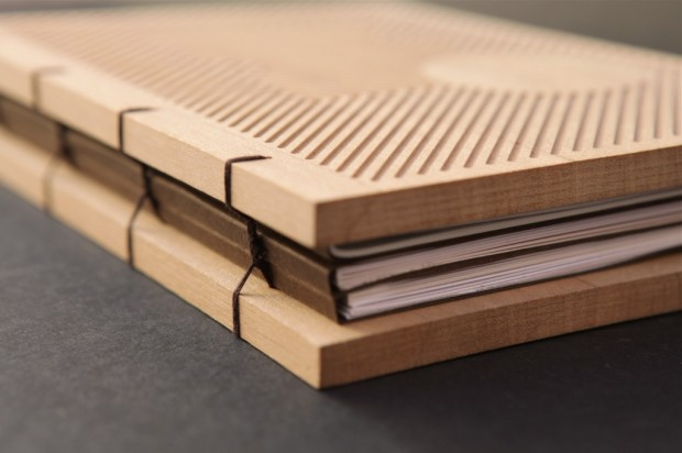 Wood Cover Cookbook : Llibre homenatge the book design
